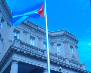 Flag raised in for the first time in over 50 years in front of the Cuban Embassy. Photo by Valerie Landau