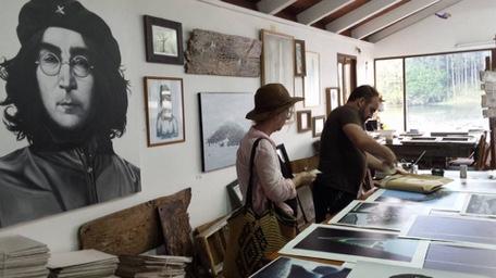 ARTIST STUDIO HILARY